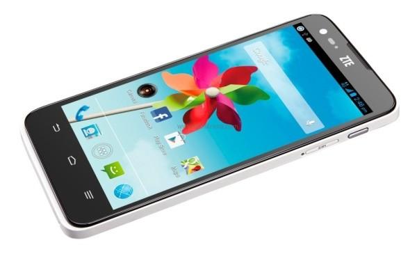 ZTE представила смартфон Grand S Flex для европейского рынка
