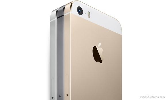 Bloomberg: Apple выпустит две версии iPhone с огромными дисплеями
