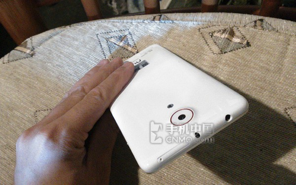 Смартфон ZTE Nubia Z5S появился на первых фотографиях