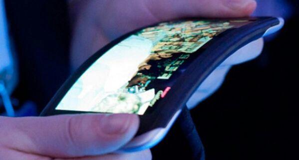 6 фирм, которые могут выпустить изогнутый смартфон уже завтра