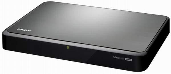 Бесшумный сетевой накопитель QNAP HS-210 поступил в продажу