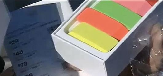 Человек купил iPod и получил коробку ластиков. Дважды