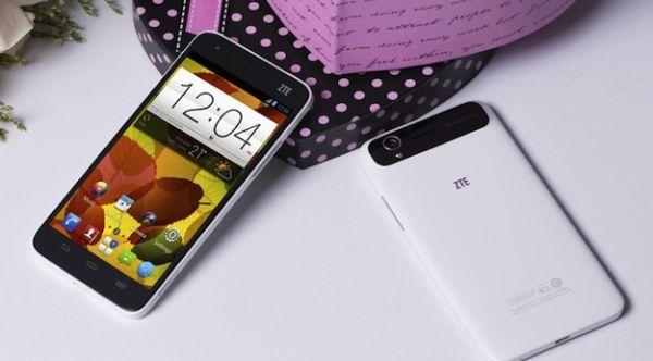 Самые мощные смартфоны CES 2014