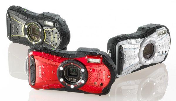 Камера Ricoh WG-20 снимает на глубине 10 метров