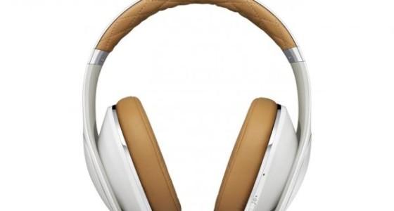 Samsung анонсировала аудиоустройства линейки Level