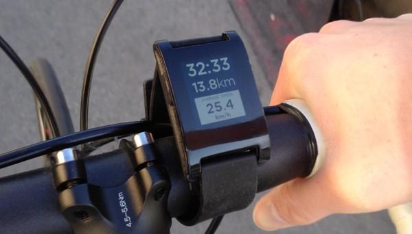 Почему смарт-часы Pebble Steel лучше современных аналогов