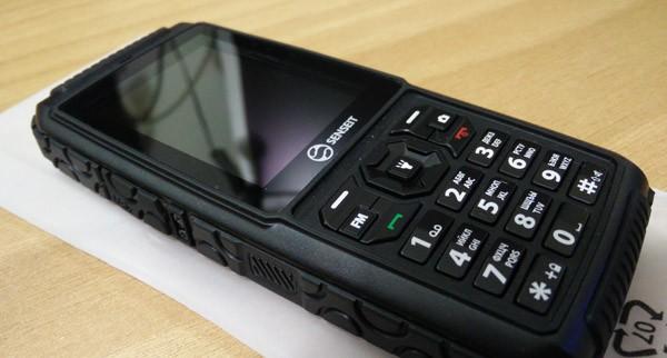 Телефон SENSEIT P101