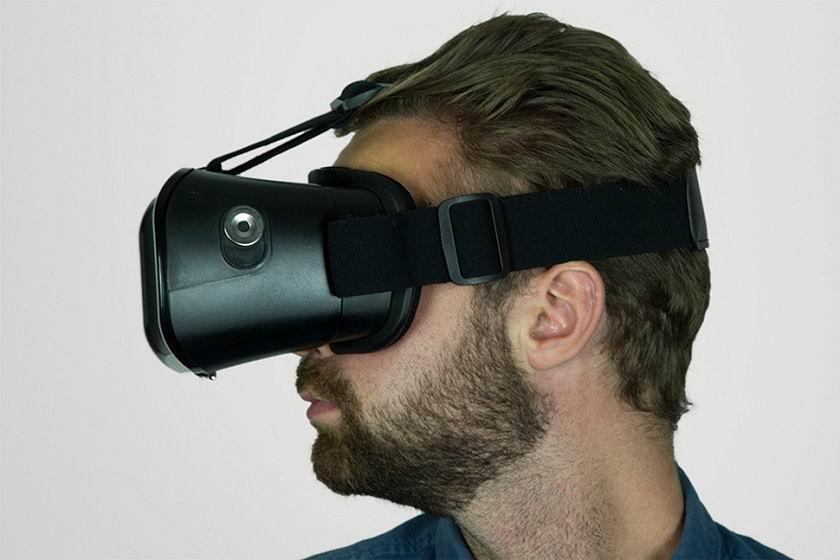 Goji Universal VR Headset