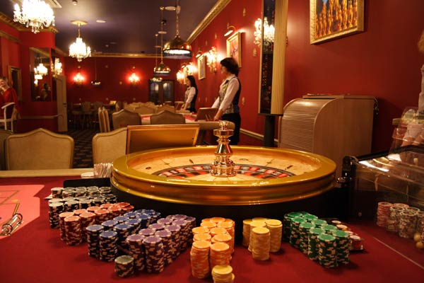 roulette-and-dealer