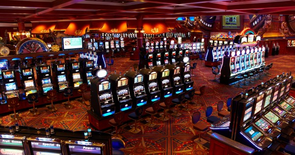 grandwest-casino-slots-area-jpg-sunimage-600-315