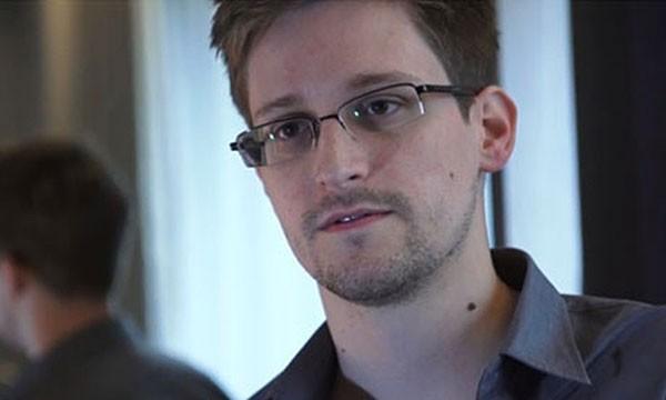 Сноуден все-таки не работает «ВКонтакте»