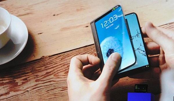 Samsung пообещал устройства с по-настоящему гибкими дисплеями к концу 2015 года