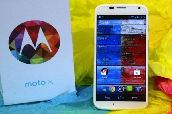 Motorola Moto X первым получит Android 4.4 KitKat