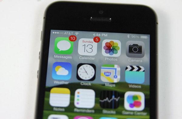 Foxconn поручила 300 тысячам рабочих производить по полмиллиона iPhone 5s в день