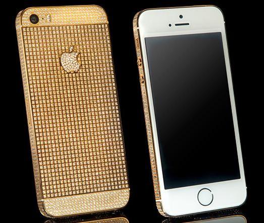 По-настоящему золотой iPhone 5s от компании Goldgenie