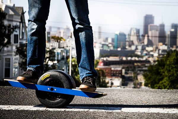 Одноколесный электрический скейтборд Onewheel
