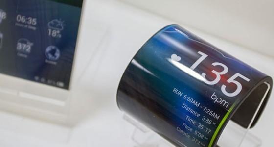 Kyocera продемонстрировала гибкий смартфон-браслет