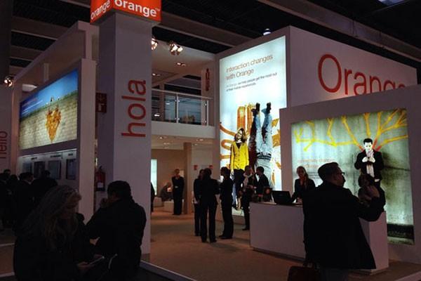 Orange делится информацией о звонках с французской разведкой