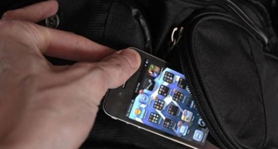 За украденный в Испании iPhone японцу выставили счет в $9800