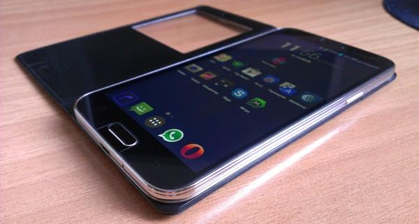 GlobusGPS GL-800 VIP: гибрид навигатора и смартфона