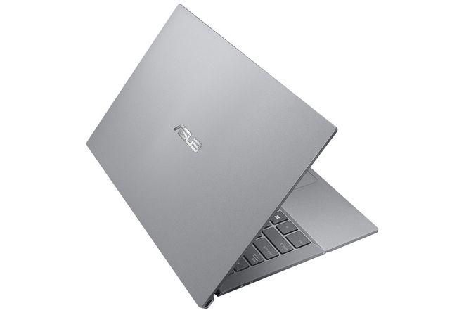 ASUS создала ноутбук, способный зарядиться за час